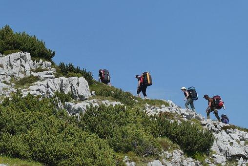 climbing-3671729__340